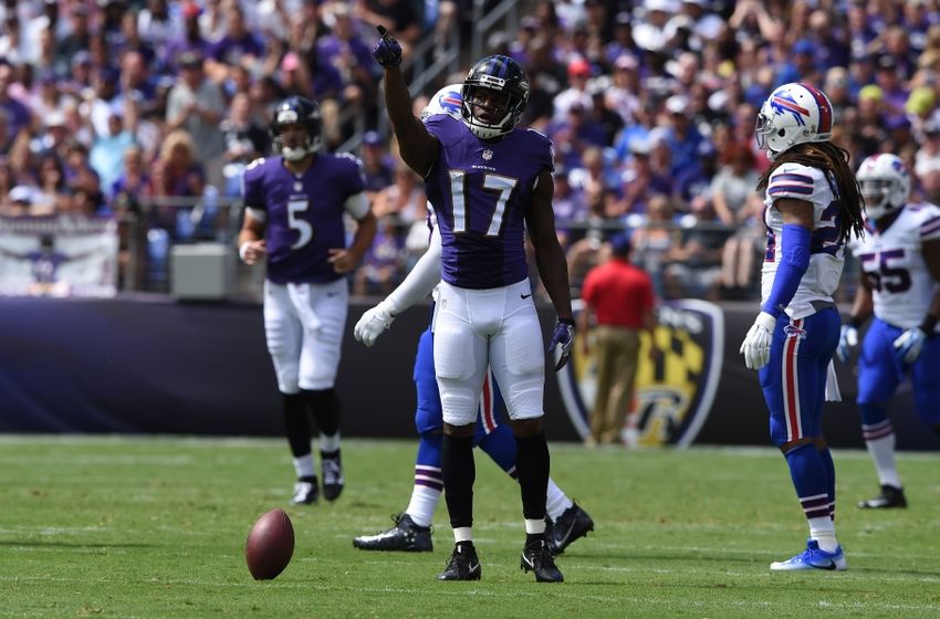 Sep 11, 2016; Baltimore, MD, USA; Baltimore Ravens wide receiver Mike Wallace (17) celebrates after making a first down during the first quarter against the Buffalo Bills at M&T Bank Stadium. Mandatory Credit: Tommy Gilligan-USA TODAY Sports