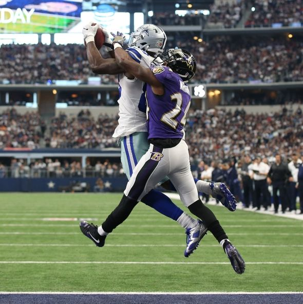 9693442-shareece-wright-dez-bryant-nfl-baltimore-ravens-dallas-cowboys-590x591