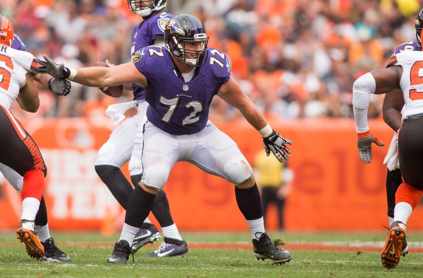 Sep 18, 2016; Cleveland, OH, USA; Baltimore Ravens offensive guard Alex Lewis (72) against the Cleveland Browns during the second half at FirstEnergy Stadium. The Ravens defeated the Browns 25-20. Mandatory Credit: Scott R. Galvin-USA TODAY Sports