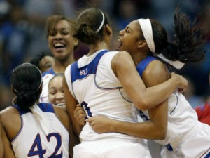 The Kansas Lady Jayhawks snapped Baylor's 53-game Big 12 winning streak with a 76-60 victory on Sunday.