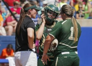 Baylor defeated Florida State 7-2 on Saturday afternoon to stave off elimination in the Women's College World Series.