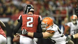 Mike Smith clock management costs Atlanta Falcons in 26-24 loss