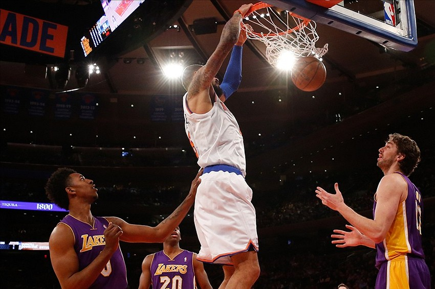 Jan 26, 2014; New York, NY, USA; New York Knicks center Tyson Chandler (6) dunks the ball during the third quarter against the Los Angeles Lakers at Madison Square Garden. The Knicks won 110-103. Mandatory Credit: Anthony Gruppuso-USA TODAY Sports