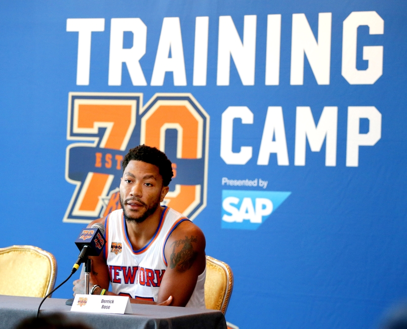 9567054-derrick-rose-nba-new-york-knicks-media-day