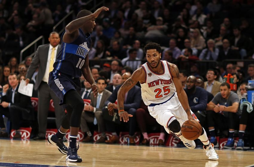Nov 14, 2016; New York, NY, USA; New York Knicks guard Derrick Rose (25) drives to the basket past Dallas Mavericks forward Dorian Finney-Smith (10) during the second half at Madison Square Garden. Mandatory Credit: Adam Hunger-USA TODAY Sports
