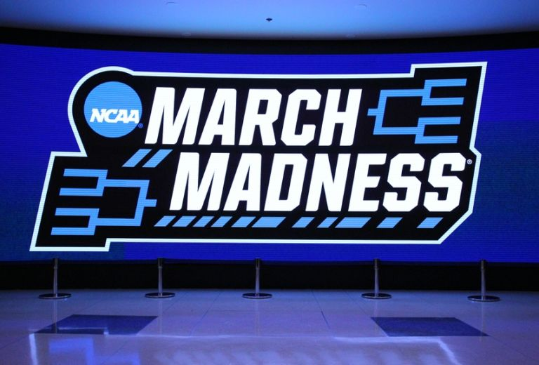 who is favored to win tonights football game ncaa basketball betting forum