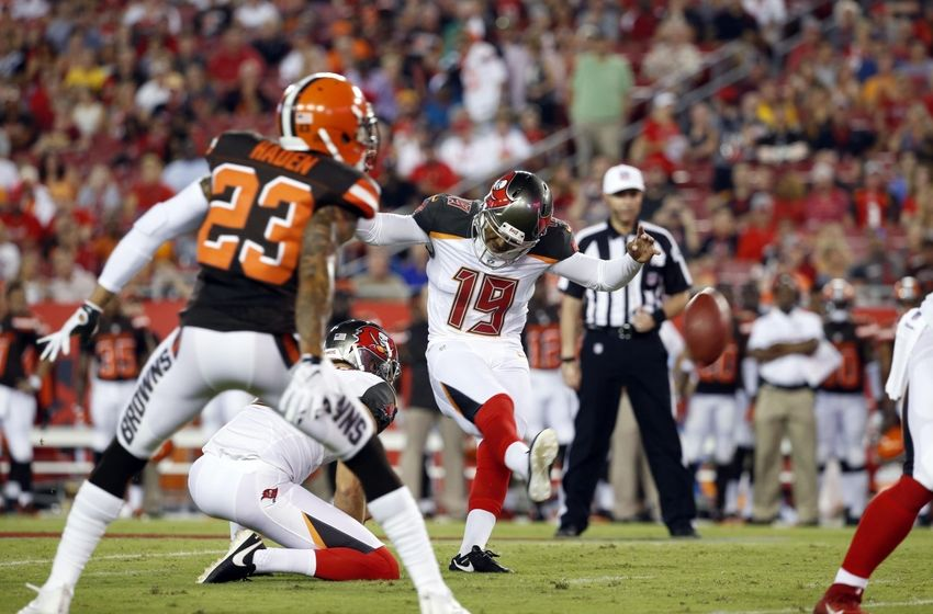 Aug 26, 2016; Tampa, FL, USA; Tampa Bay Buccaneers kicker Roberto Aguayo (19) kicks and makes a field goal as punter Bryan Anger (9) holds the ball against the Cleveland Browns during the first quarter at Raymond James Stadium. Mandatory Credit: Kim Klement-USA TODAY Sports