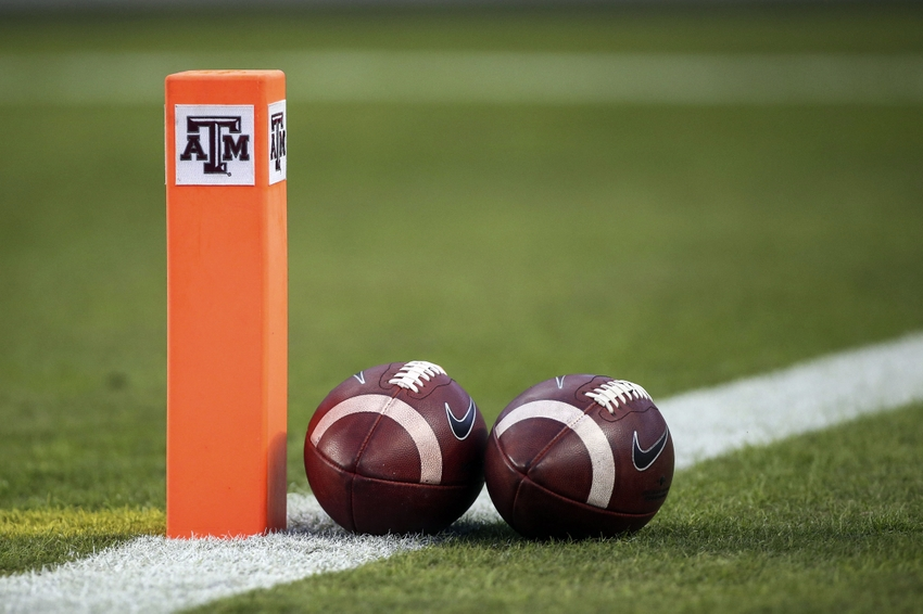 9671892-ncaa-football-mississippi-texas-a-m