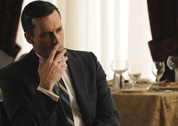 Mad-Men-Season-4-Don-Draper-on-a-Smoke-Break-7-7-10-kc