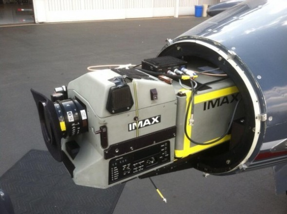interstellar-imax-camera-learjet-set-photo-600x448