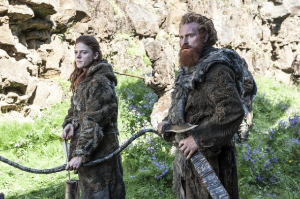 Rose-Leslie-as-Ygritte-Kristofer-Hivju-as-Tormund_photo-Helen-Sloan_HBO-630x419