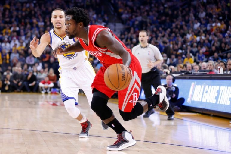 Stephen-curry-patrick-beverley-nba-houston-rockets-golden-state-warriors-768x0