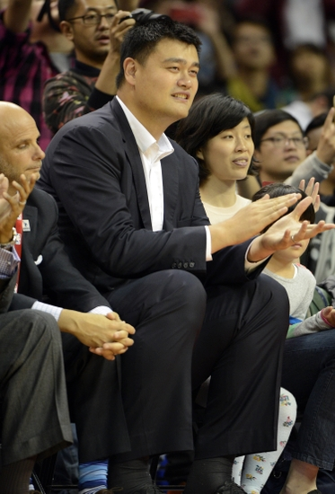Yao-ming-nba-preseason-charlotte-hornets-los-angeles-clippers