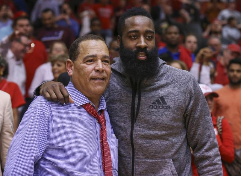 Kelvin-sampson-james-harden-ncaa-basketball-southern-methodist-houston-768x563
