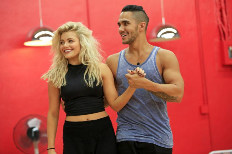 'Dancing With the Stars' Season 21 Cast: Who Are the Contestants?