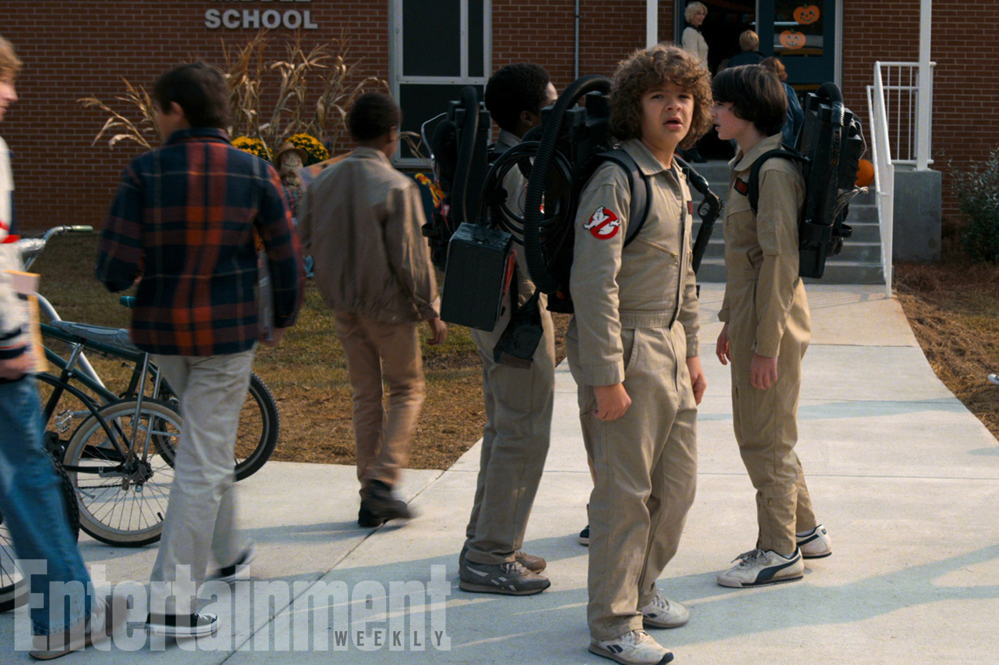 See the first photo from 'Stranger Things' season 2