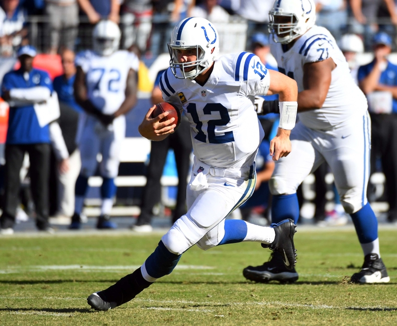 9628048-andrew-luck-nfl-indianapolis-colts-tennessee-titans
