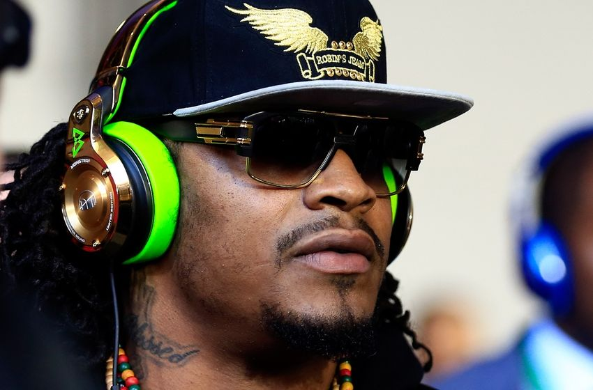 Sneaker Shopping with Marshawn Lynch