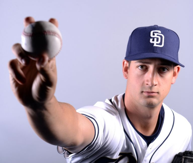 Joe-wieland-mlb-san-diego-padres-photo-day-768x0