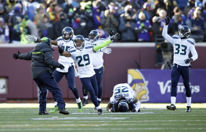 Earl-thomas-blair-walsh-richard-sherman-kelcie-mccray-nfl-nfc-wild-card-seattle-seahawks-minnesota-vikings