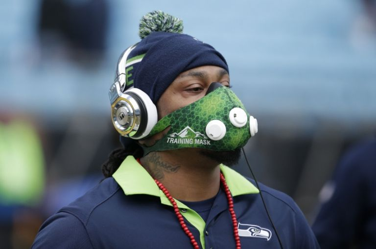 Marshawn-lynch-nfl-nfc-divisional-seattle-seahawks-carolina-panthers-768x0