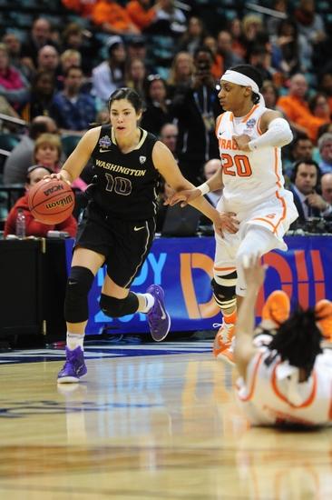 Brittney-sykes-kelsey-plum-ncaa-womens-basketball-final-four-washington-vs-syracuse