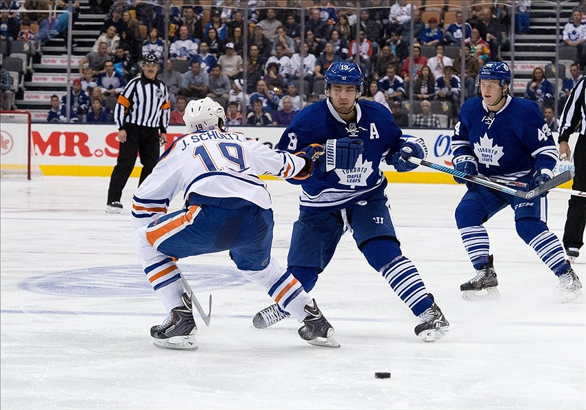 how to stream live oilers games
