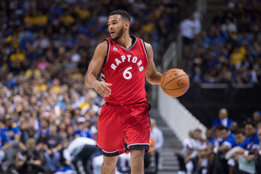 Tips: Cory Joseph, 2017s afro hair style of the happy basketball player