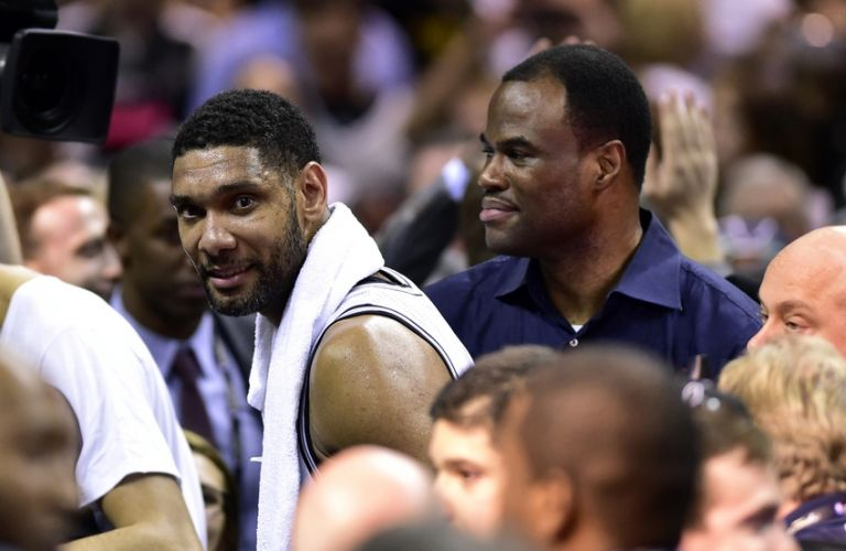 Tim-duncan-david-robinson-nba-finals-miami-heat-san-antonio-spurs-768x0