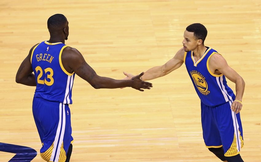 Stephen-curry-draymond-green-nba-playoffs-golden-state-warriors-oklahoma-city-thunder-850x529