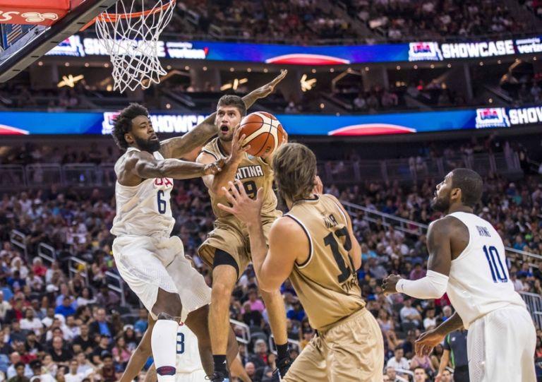 Patricio-garino-deandre-jordan-basketball-usa-basketball-exhibition-game-argentina-usa-768x541
