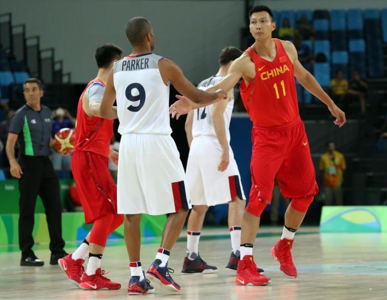 9437322-jianlian-yi-tony-parker-olympics-basketball-men-768x596