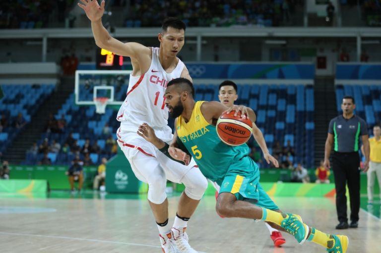 9451852-jianlian-yi-patty-mills-olympics-basketball-men-768x511
