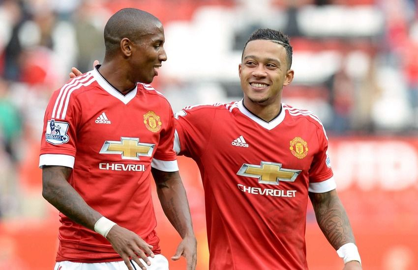 Young Manchester United will fight for the title