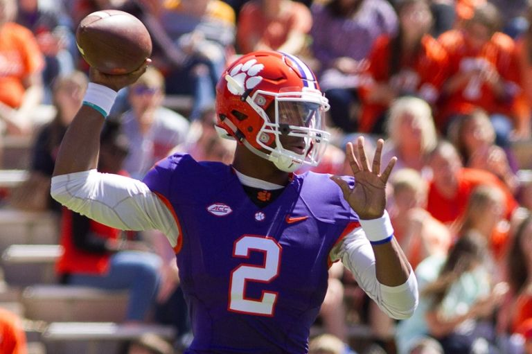 college football news.com how many games are in a college football season