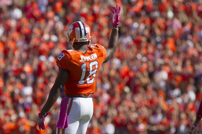 No. 3 Clemson seeks its 23rd straight regular-season win
