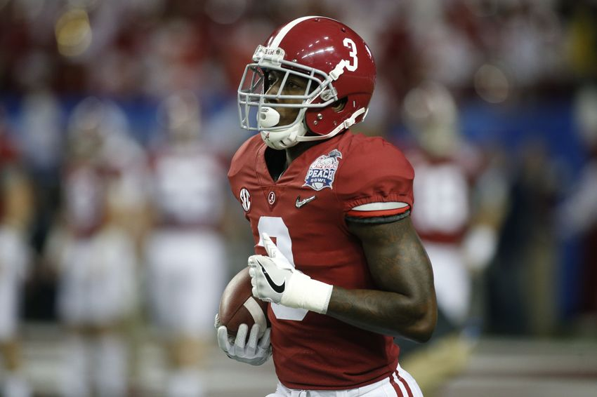 Dec 31, 2016; Atlanta, GA, USA; Alabama Crimson Tide wide receiver Calvin Ridley (3) warms up prior to the 2016 CFP semifinal against the Washington Huskies at the Peach Bowl at the Georgia Dome. Mandatory Credit: Brett Davis-USA TODAY Sports