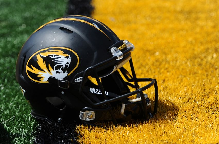gold-game-ncaa-football-missouri-spring-