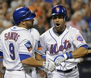 Angel Pagan is making a name for himself in CF for the Mets (AP Photo)