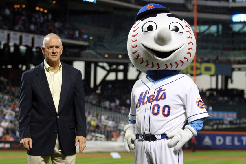 Sandy-alderson-mr.-met-mlb-houston-astros-new-york-mets
