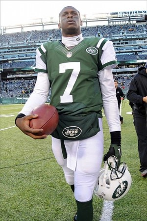 Geno Smith has done enough to be the QB of the future. It is time for the Jets to add some weapons around him