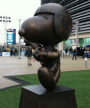 Snoopy may be the MetLife Central mascot, but MetLife Central is also the place to be for pregame fun.