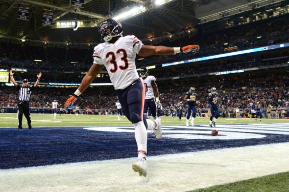 Nov 15, 2015; St. Louis, MO, USA; Chicago Bears running back <a rel=