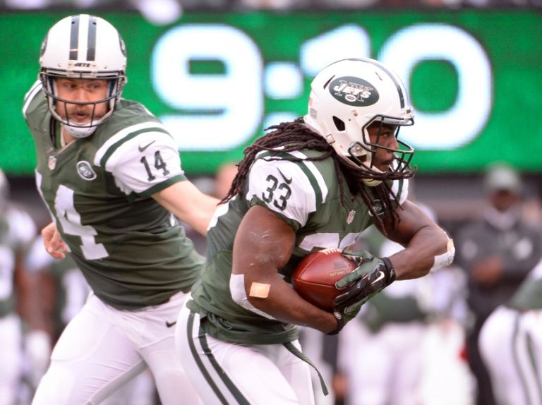 Ryan-fitzpatrick-chris-ivory-nfl-new-england-patriots-new-york-jets-768x0