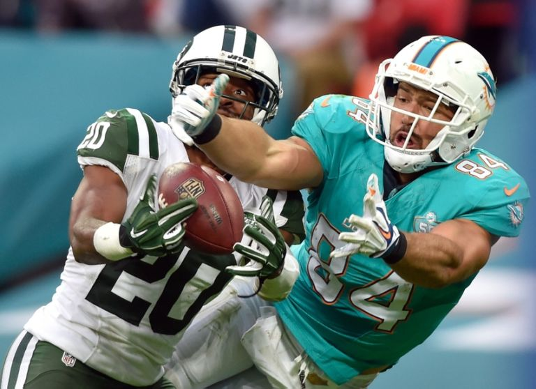 Marcus-williams-c.j.-mosley-nfl-international-series-new-york-jets-miami-dolphins-1-768x558