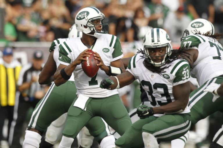 Geno-smith-nfl-new-york-jets-oakland-raiders-1-768x511
