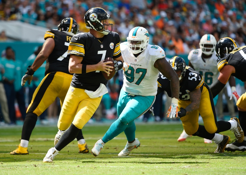 9621291-ben-roethlisberger-nfl-pittsburgh-steelers-miami-dolphins