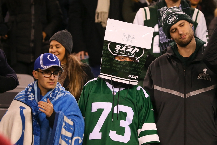 9728204-nfl-indianapolis-colts-new-york-jets