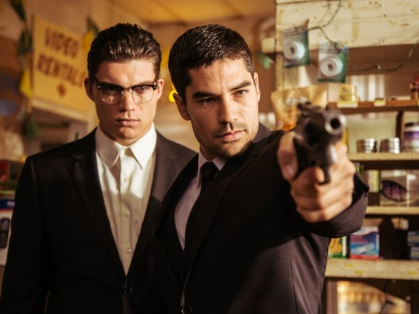 Zane-Holtz-and-D.J.-Cotrona-in-From-Dusk-Till-Dawn-the-series-as-Gecko-brothers_154817