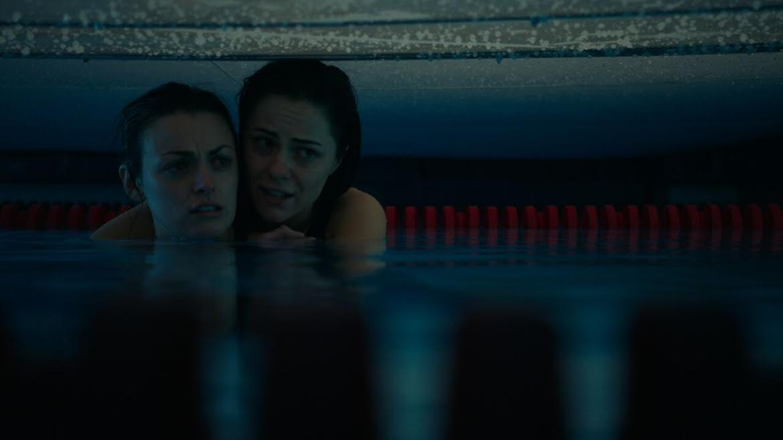 12 Feet Deep Film Deutsch